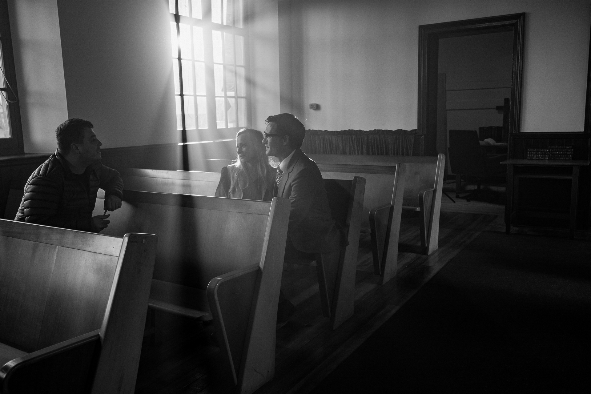 AM3; B6; Day 01 of 06; Sc S31; West Side Church: Doris (NIAKHAI SVIATLANA) and Charles (SCOTT GEORGE) kiss and sit on the pews. Doris agrees to lend Charles money.